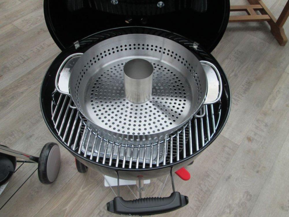 recenze grilu weber kettle plus na d ev n uhl. Black Bedroom Furniture Sets. Home Design Ideas