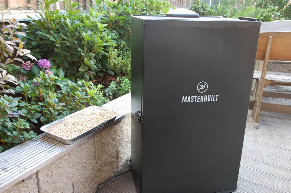 Recenze udírny Masterbuilt 130B